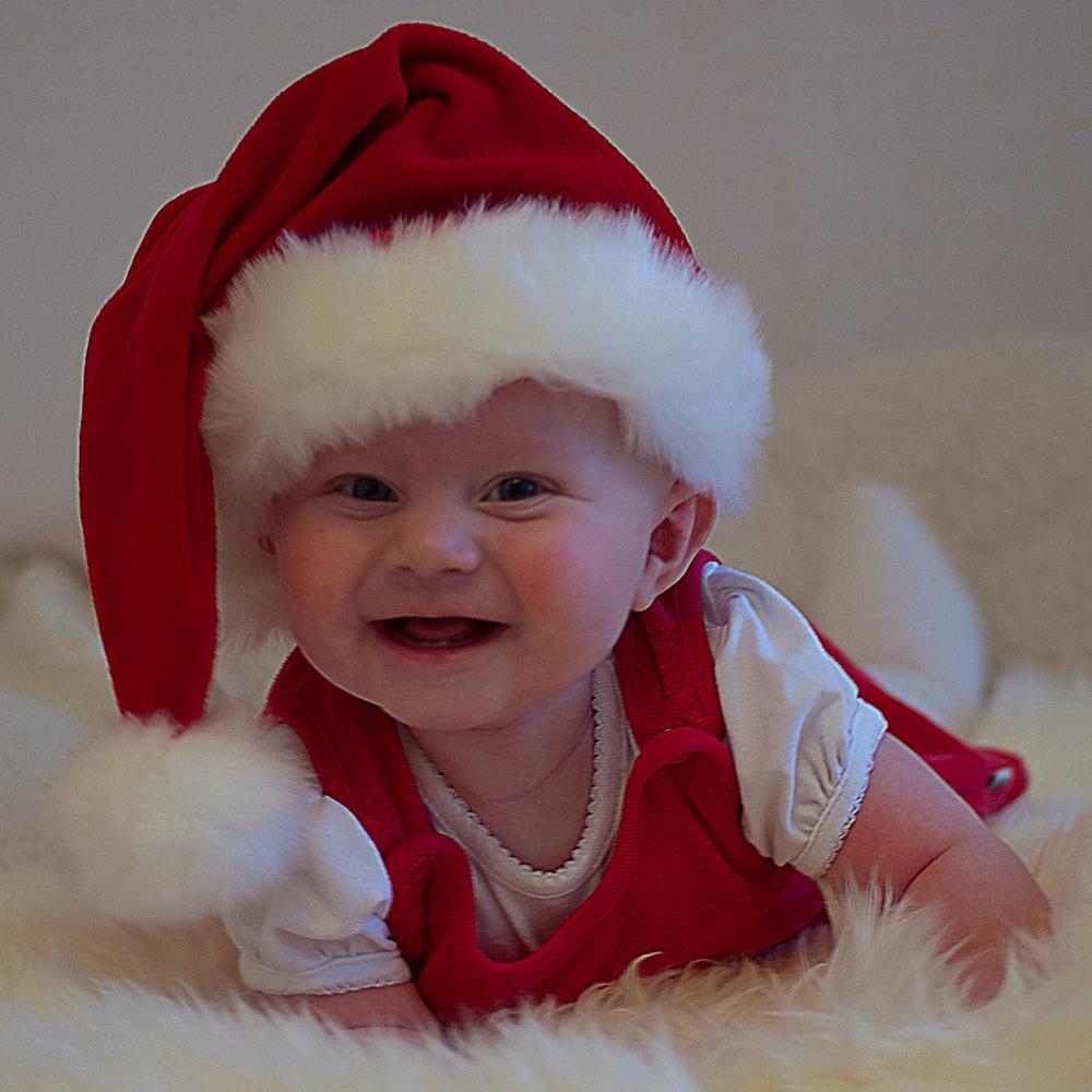 Lova Linnea Sandström önskar god jul!